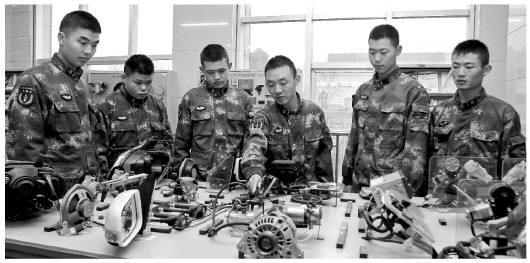 What are the uses of industrial SLA 3D printers in the manufacture of military equipment?cid=301